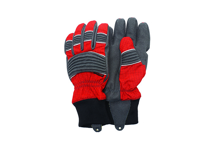 Bristol Uniforms Launch New Glove Range_700x500