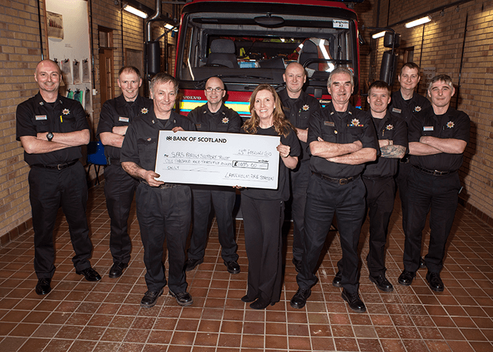 Firefighters in Dumfries and Galloway row for charity