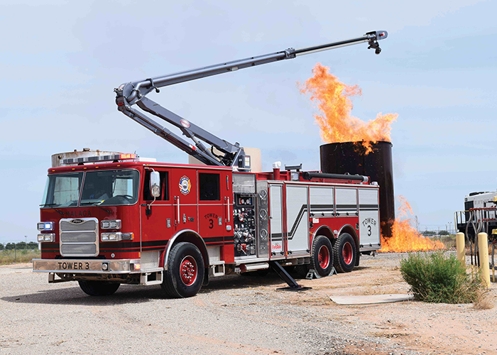 Pierce Arrow XT with Snozzle High-Reach Extendable Turret a Game-Changer for New Mexico Fire Department