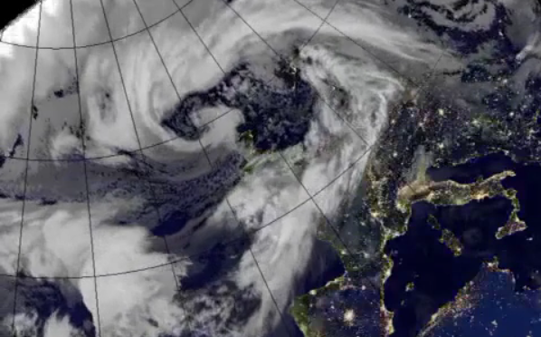 Storm Barney leaves Thousands without power after 85 mph winds