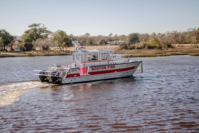 Armstrong Marine supply 32′ Catamaran to Boston Fire Department